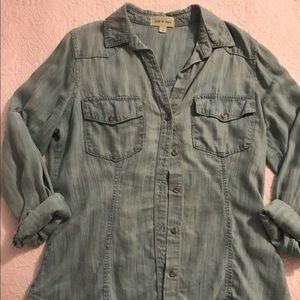 Cloth&Stone/Anthropologie Denim Button-up Size M